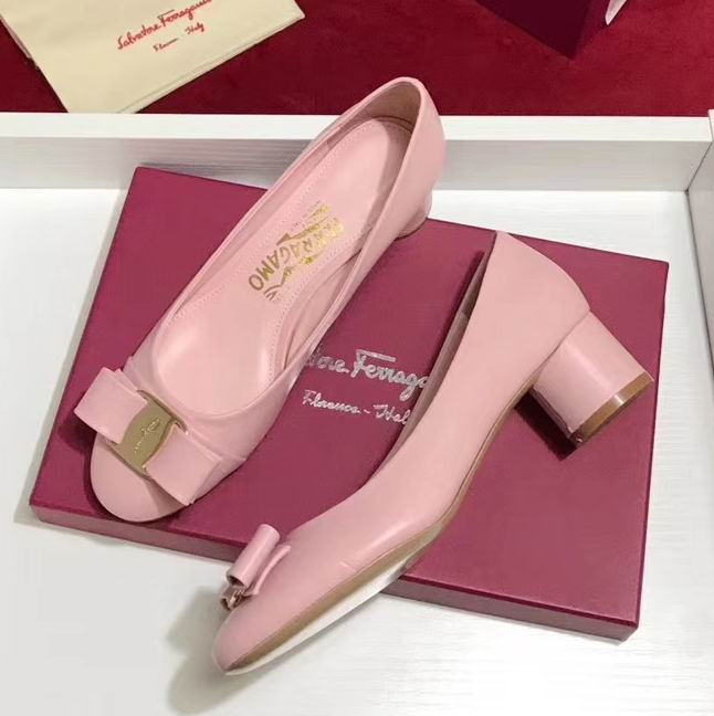Ferragamo Cap-toe Vara Bow 40mm Stacked Heel Pump Pink