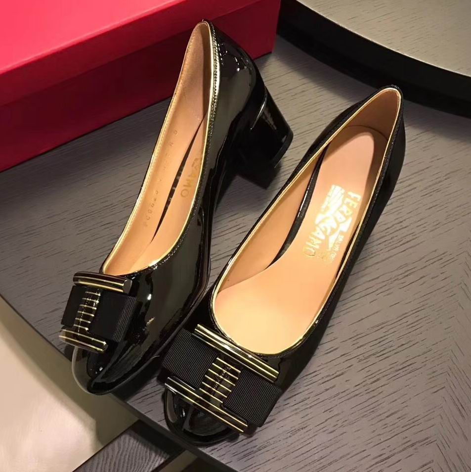 Ferragamo Ninna Ornament Patent Pump Black