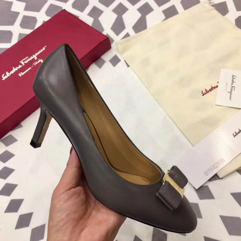 Ferragamo Rounded Toe Bow 70mm Pump Grey