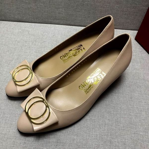 Ferragamo Bow Detail Pump Nude