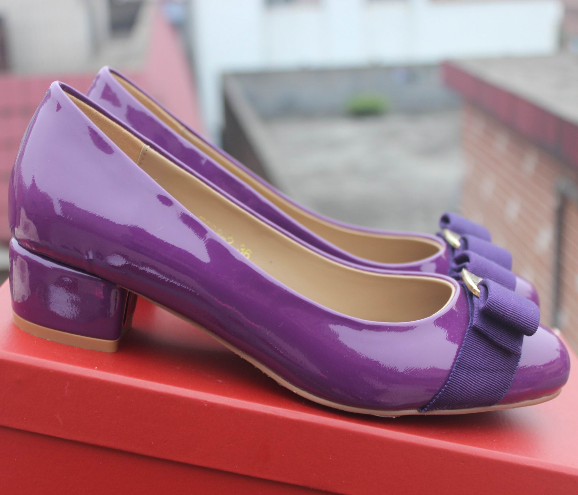 Ferragamo Low-Heel Vara Pump Purple